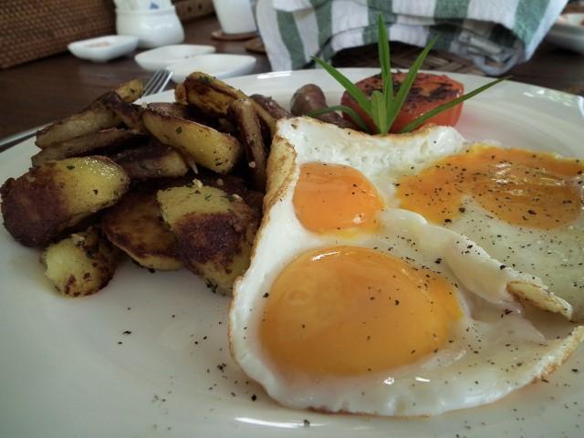 Breakfast at Ranis Lodge