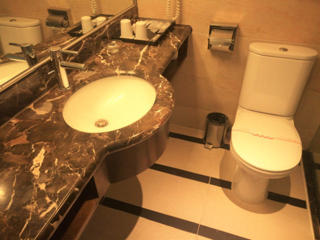 Delight Hotel Bathroom