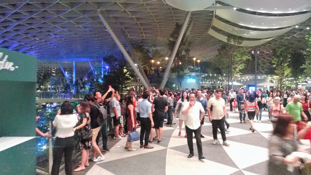 Jewel preview overcrowding