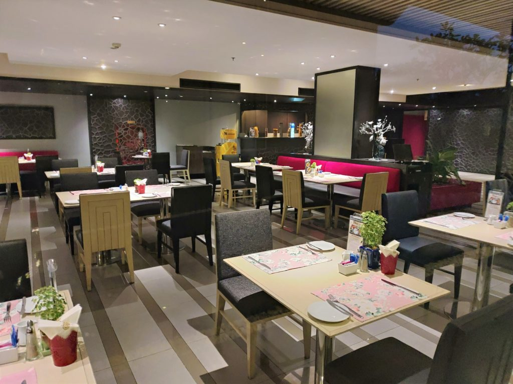BW Amaranth breakfast venue