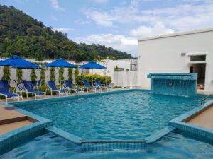 Avi Swimming Pool